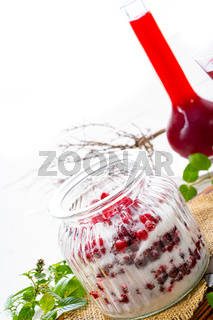 Delicious fresh currants with sugar