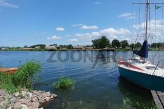 Westpommersche Segelroute. Segelboot vor Wolin