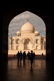 Taj mahal door arch view