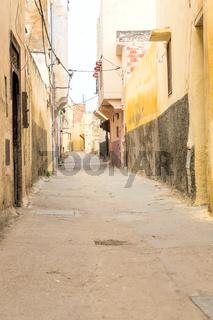Gasse in der Altstadt von Meknes, Marokko