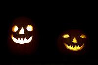 Halloween pumpkin couple