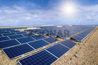 Photovoltaikanlage auf dem Dach eines Gebäudes