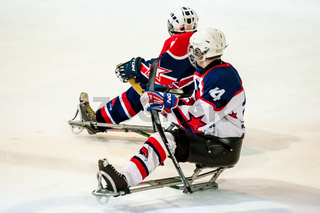 Game in ice sledge hockey