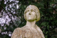 Grabfigur auf dem Melatenfriedhof in Köln