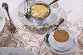 Paste, julienne with mushrooms, a hen and cheese in cocotte