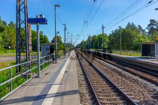 Brandenburg, Bahnverbindung, Regio, Berliner Umland, Zugverspätung, Bahnstrecke, Gleisbett, morgens