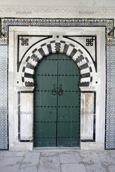 TUNISIA TUNIS CITY MEDINA DOOR