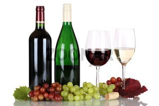 Wein in Weinflaschen freigestellt