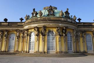 Schloss und Schlosspark Sanssouci