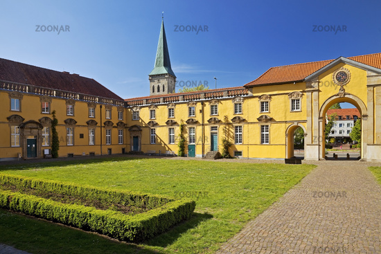 Palace garden with Osnabrueck castle, today university, Osnabrueck, Lower Saxony, Germany, Europe