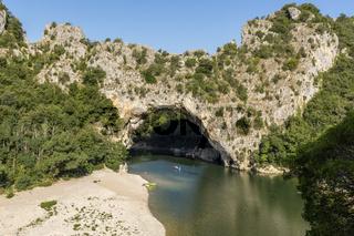 Pont d'arc über die Ardeche in Frankreich