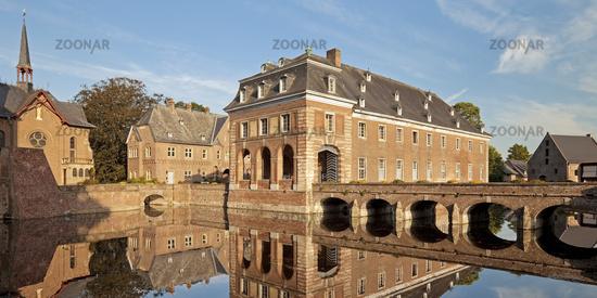 Schloss Wissen, moated castle, Weeze, Germany