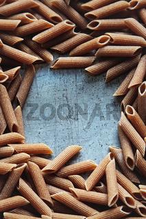 Dry pasta on aluminum