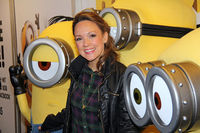 Carolin Kebekus with Minion Walking CharactersCaro