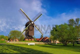 Papenburg Bockwindmuehle - windmill Papenburg 01
