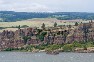 Cliffs at Columbia River Gorge Pacific Northwest between Oregon and Washington