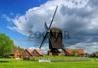 Papenburg Bockwindmuehle - windmill Papenburg 02