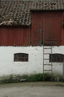 Stable building