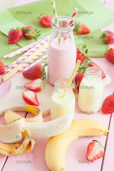 Milk with fresh strawberries and banana