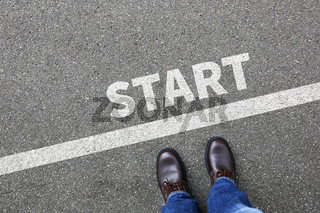 Start starten Lauf Rennen Anfang anfangen Businessman Business Konzept