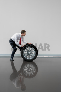 Seller with wheel