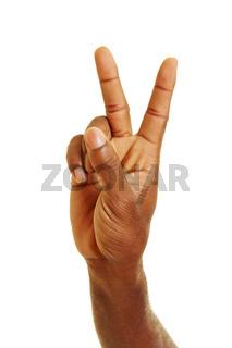 Afrikaner Mann zeigt Victory Zeichen mit Hand