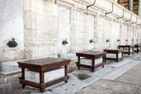 Mosque in Istanbul, Places for ritual ablution.