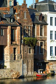 altstadtszene in gent belgien