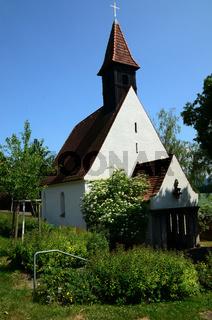 Kirche im Neckartal