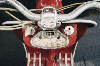 Tachometer von einem alten NSU-Lambretta Motorroller