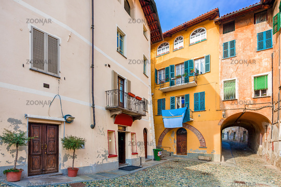 Small backstreet and colorful houses in Italy.