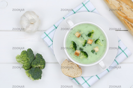Brokkolisuppe Brokkoli Suppe Broccolisuppe Broccoli in Suppentasse von oben