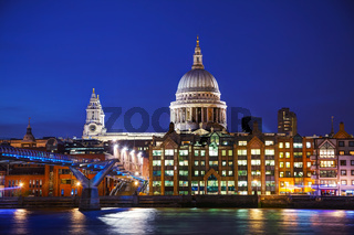Saint Pauls cathedral in London