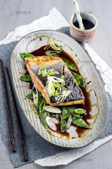 Salmon Teriyaki with Vegetable