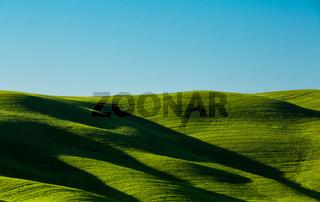 Toskana Huegel Schatten