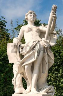 Statuen Schlosspark Belvedere