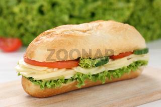 Sandwich Baguette belegt mit Käse