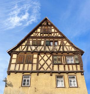 Altes braunes Fachwerkhaus