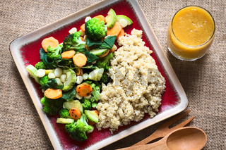 Cooked White Quinoa with Vegetables