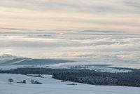 Blick vom Witthoh hinab zur nebelbedeckten Bodenseeregion