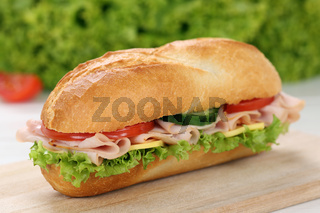 Sandwich Baguette belegt mit Schinken