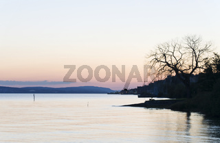 Bodensee abends ### Lake Constance in the evening Bodensee abends ### Lake Constance in the evening