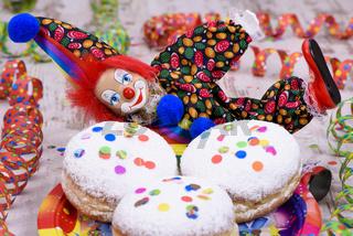 Faschingskrapfen zu Karneval