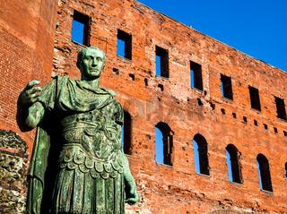 The leader: Cesare Augustus - Emperor