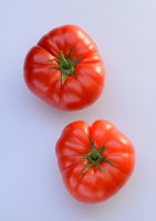 Marmande tomatoes on a cutting board