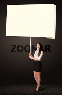 Businesswoman with post-it paper