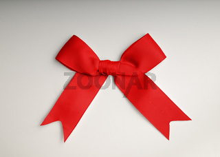 red bow on the table