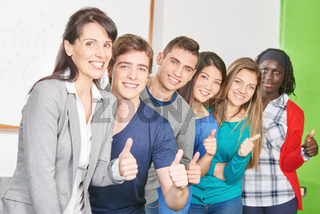 Lehrer und Schüler als Sieger Team