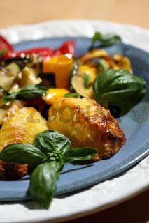 Fächerkartoffeln mit Antipasti