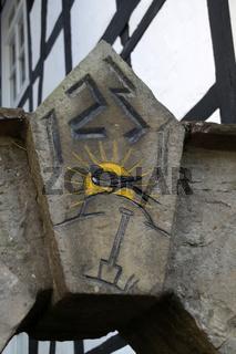 Wappen am Stadtwasser in Schwalenberg